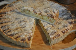 Enjoy  a slide of Neapolitan Pastiera