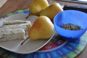 Ingredients for pears, walnuts and gorgonzola cheese linguine recipe