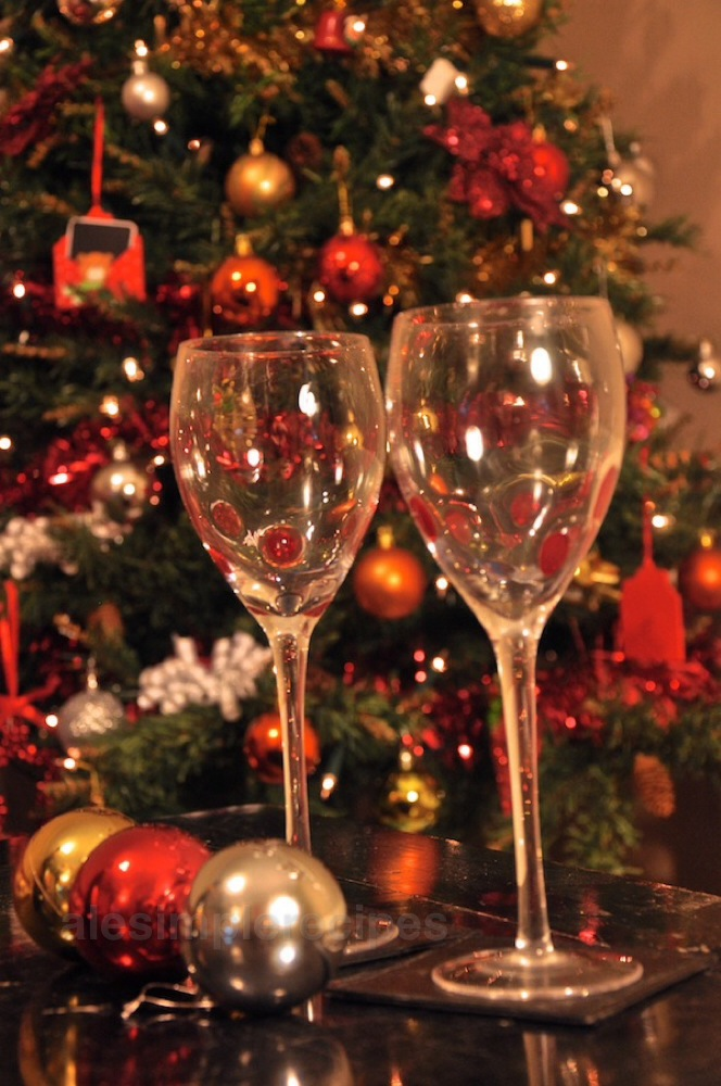 The glasses are empty now : Buon Anno a tutti