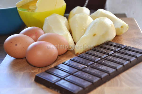 Ingridients: chocolate, eggs, pears, butter and sugar