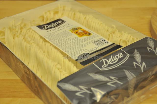 linguine pasta used to prepare white fish dish with lemon cream